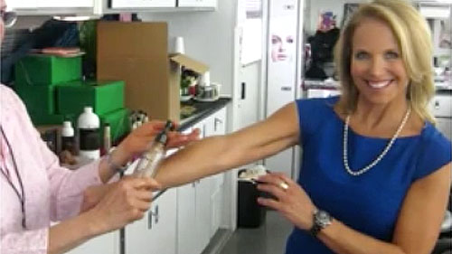 Katie Couric Tries Spray Tan